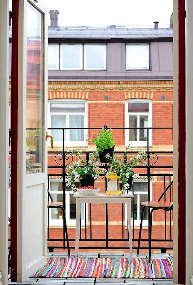 Decoraci n de balcones villalba interiorismo - Decorar balcon pequeno ...