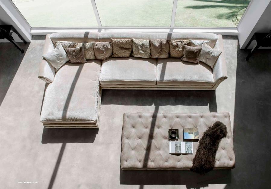 Mesa tapizada capitoné 2- Villalba Interiorismo