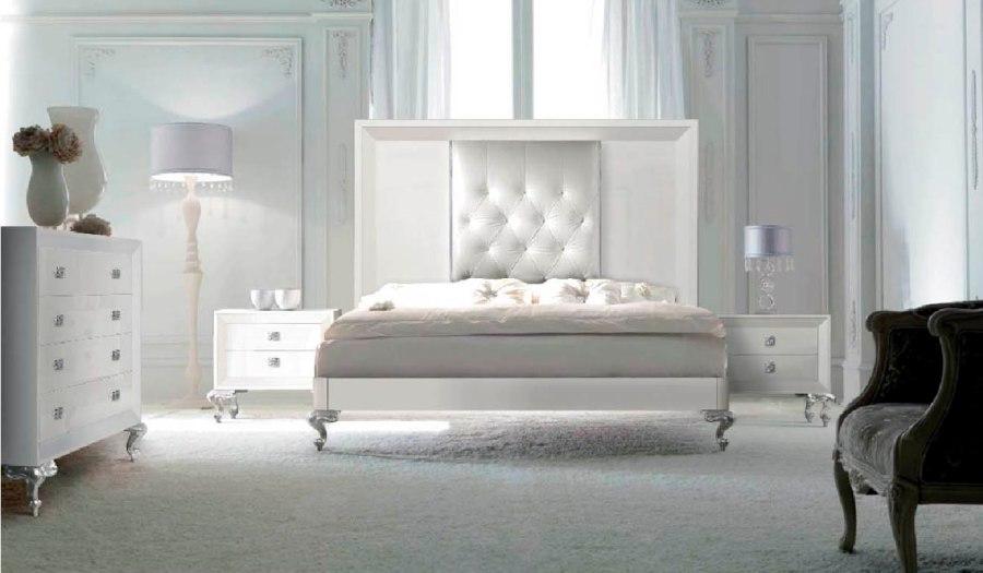 Muebles dormitorio lacados en blanco - Villalba Interiorismo