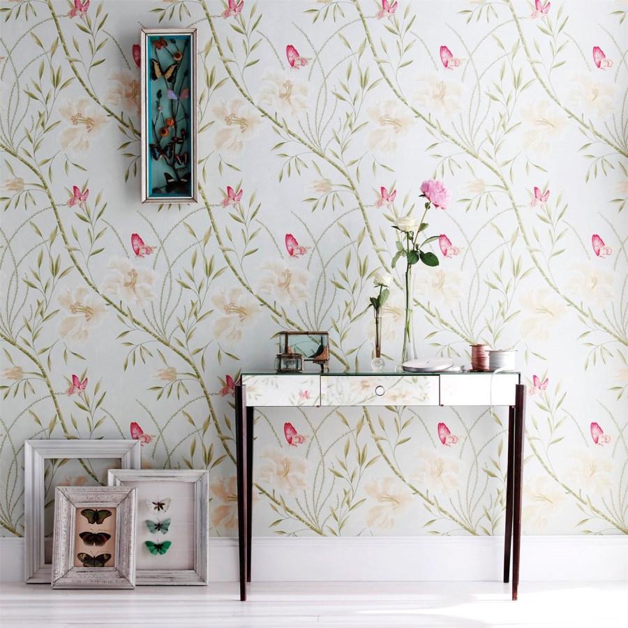 Papel pintado flores y mariposas - Villalba Interiorismo