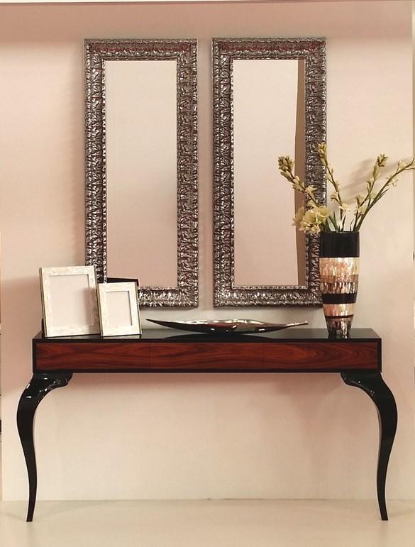 Consola negra con madera de palisandro - Villalba Interiorismo