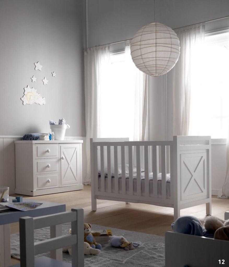 Dormotio bebé en blanco - Villalba Interiorismo