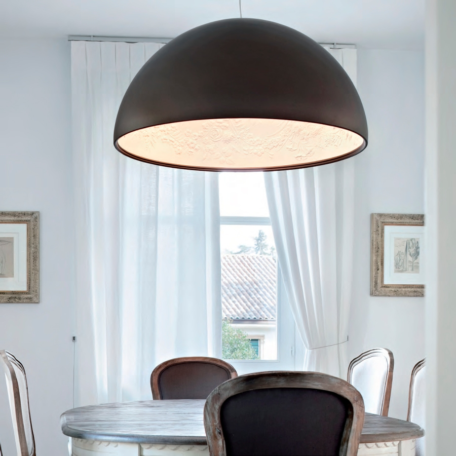 Lámpara techo de Flos blanco y negro - Villalba Interiorismo