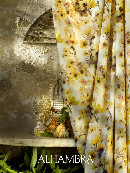 Cortina flores en amarillo - Villalba Interiorismo