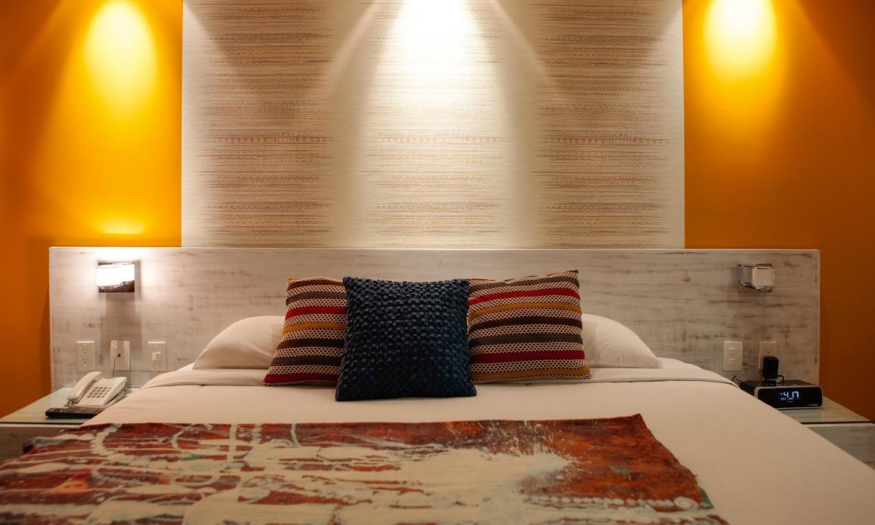 C lidos papeles pintados en el dormitorio villalba for Papel pintado bricomart