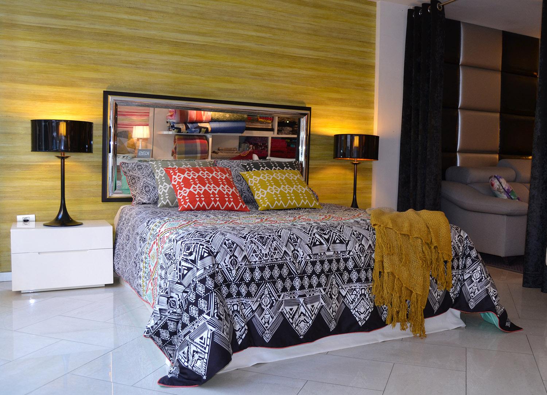 Moderno con toques tnicos en el escaparate Villalba Interiorismo