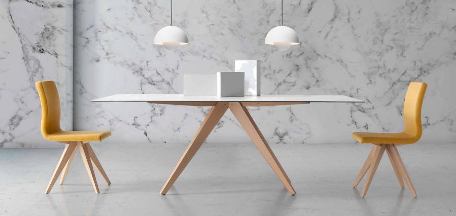 Mesa cristal y madera - Villalba Interiorismo