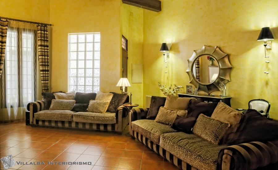Salón con sofás elegantes - Villalba Interiorismo