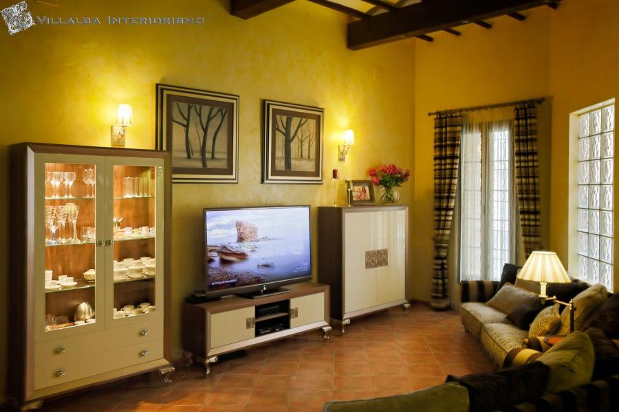Salón elegante madera y laca - Villalba Interiorismo
