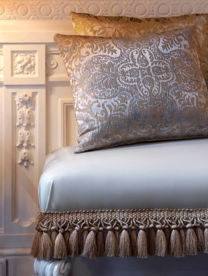 Telas tapizar, cortinas y cojines - Villalba Interiorismo (2)