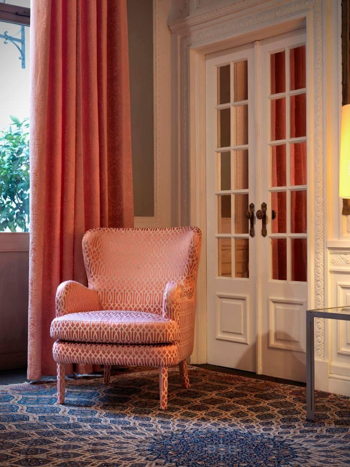 Preciosa colecci n de telas para decorar villalba - Telas para tapizar sillones modernos ...