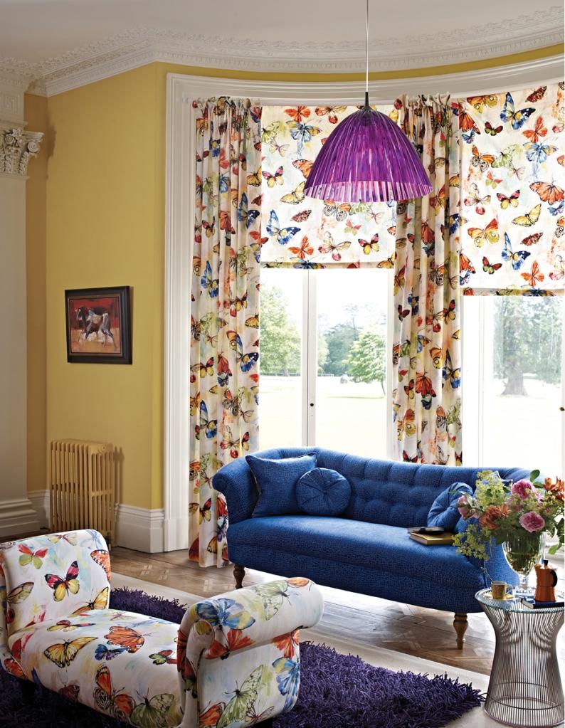 Cortina y banqueta de mariposas - Villalba Interiorismo