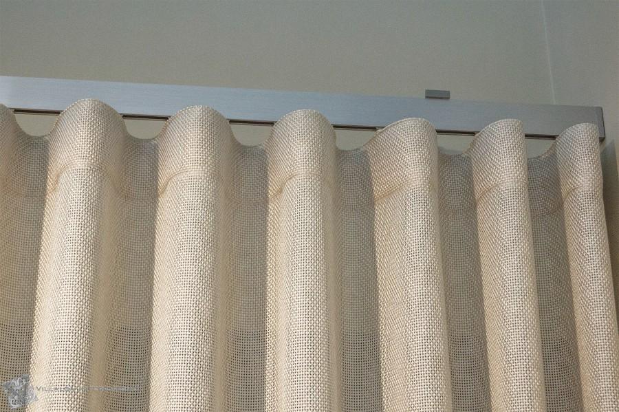 cortina-confeccionada-en-onda-perfecta-villalba-interiorismo
