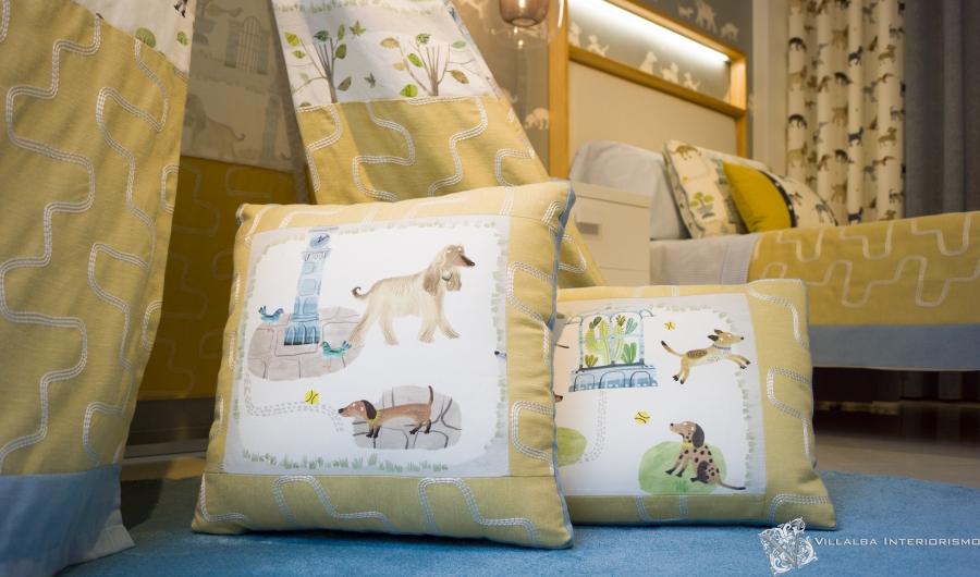 Dormitorio infantil alegre y original con cojines personalizados