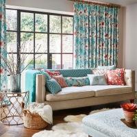 Los textiles protagonistas de este alegre salón